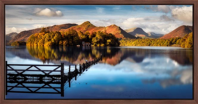 Derwent Water Gate - Floating Frame